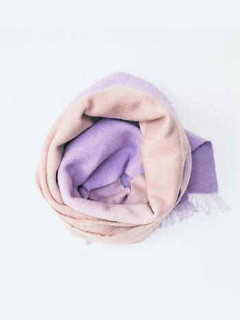 Sjaals en hoeden lucila kenny warme sjaal paars beige - Beige warme of koude kleur ...